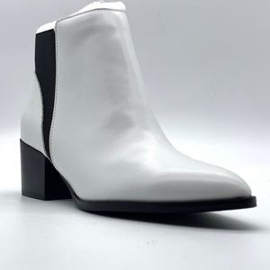 Chinese Laundry Finn Smooth Leather White Bootie